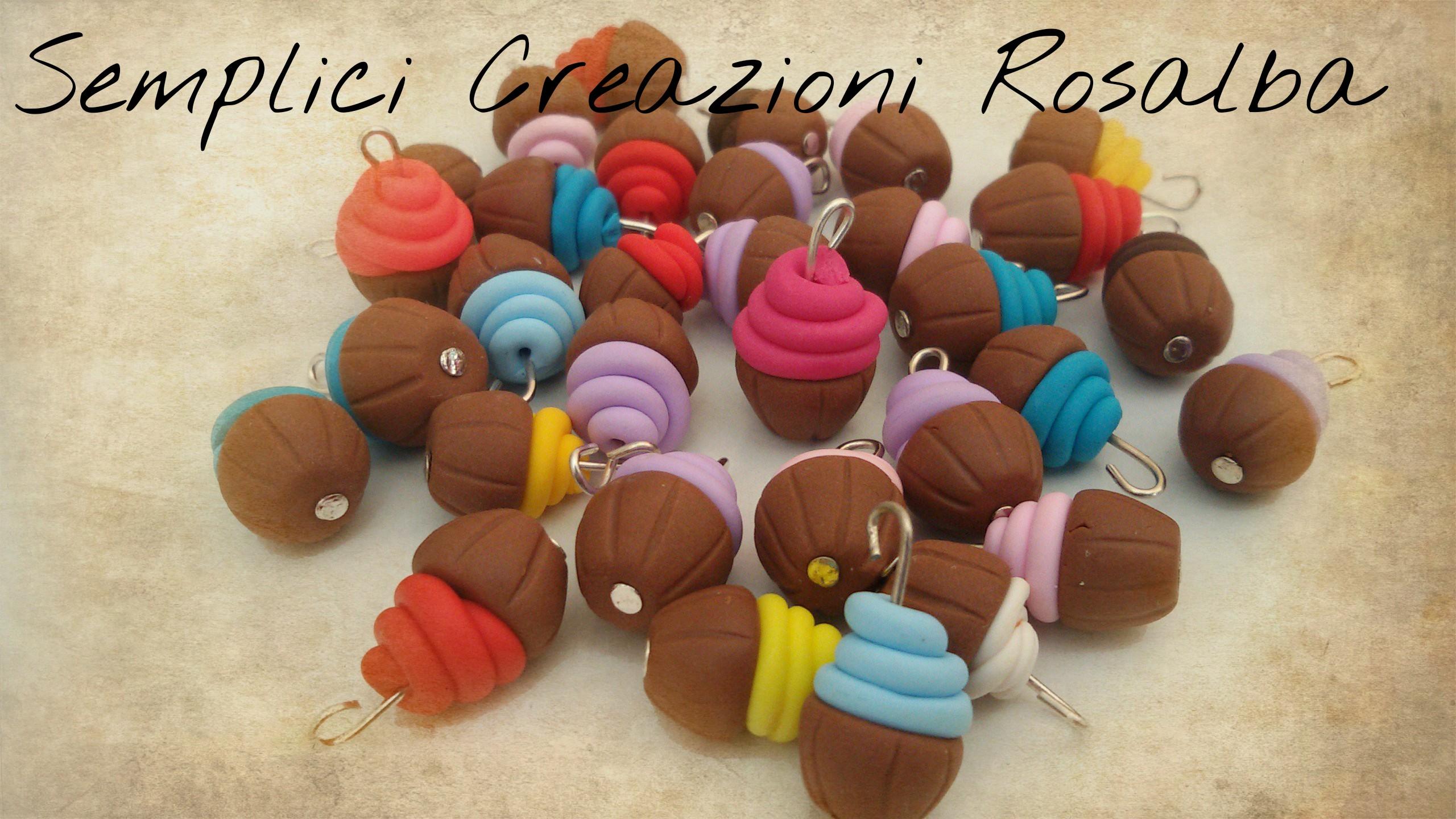 ciondoli in fimo dolcetti o cupcake, ideali per bracciali e orecchini