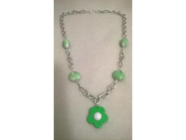 collana perle vetro verdi