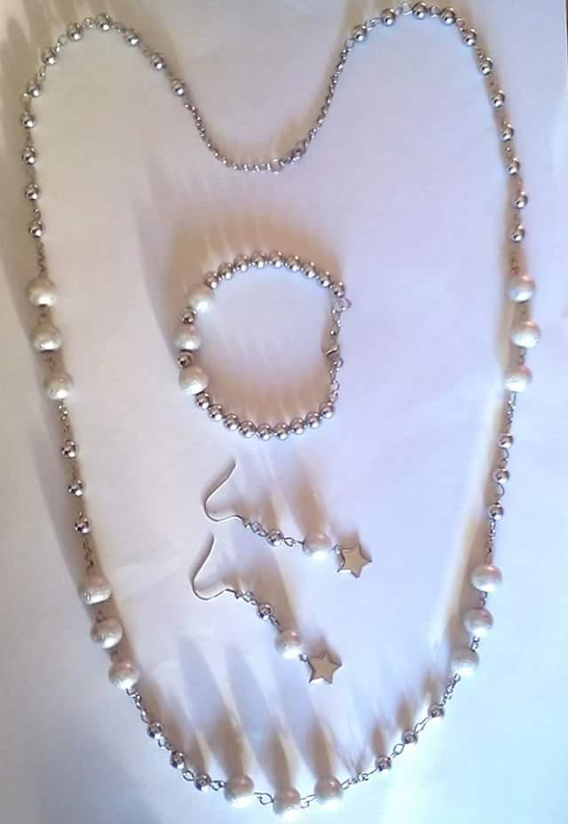 Collana,bracciale,orecchini in acciaio,perle satinate e perle di ematite